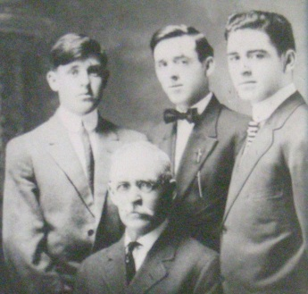 p2-frank-kelly-with-sons-1913